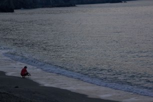 Early-Morning-Beach-Goer