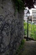 Graffiti-and-Vineyard