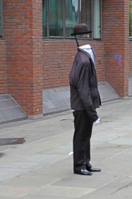 headless man1