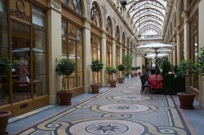Galleries Viviene Paris