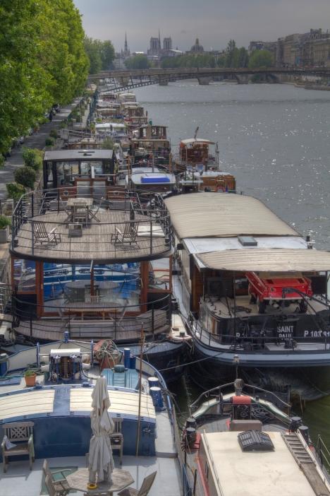 Up the Seine