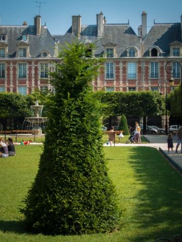 Place des Vosges 4