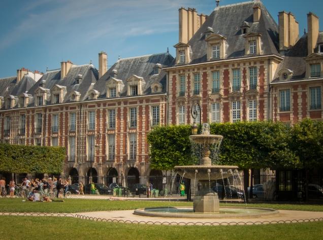 Place des Vosges 5