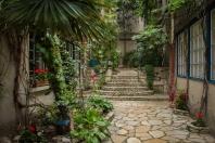 Courtyard2-6337